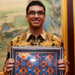 Ahmad-Syarif-the-batik-maker